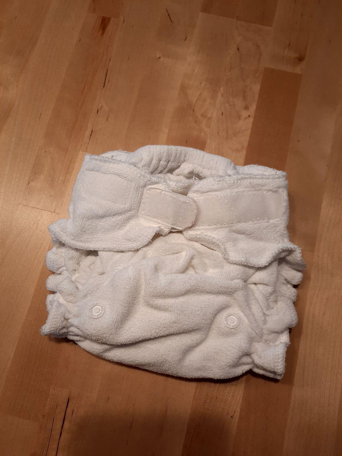 Blümchen Höschenwindeln mit Klett one size