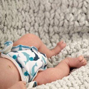 Petit Lulu Höschenwindel Newborn mit Druckknöpfen